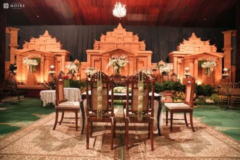 Traditional-Wedding-of-Tiara-&-Kenn-by-Max-of-Moire-Photography-Jakarta-Surabaya-111